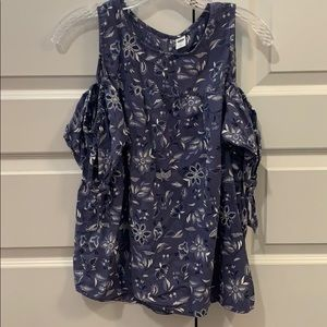 Floral Blouse with cut out sleeves